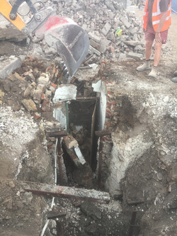 Digging down to the entrance passage