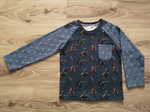 Langarmshirt mit Tasche