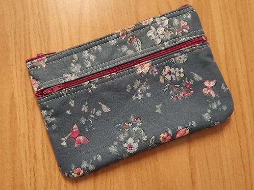 Kleine Tasche