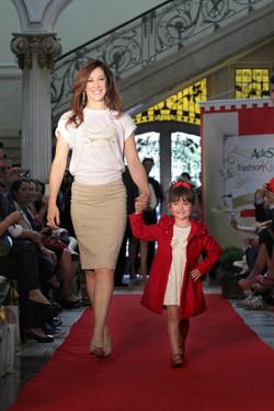 Cláudia-Raia-Desfile-Moda-Infantil-Passarela