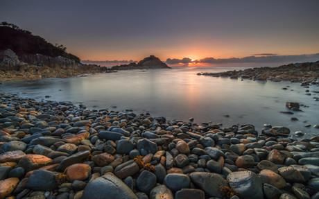 Sunrise at Aragunnu
