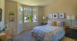 Oro Vista Bedroom 1