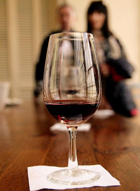 wine-2412955_1920_edited_edited.jpg