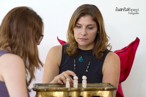 Juanita - Ripepi - FotografiaJuanita Ripepi-Fotografía-Lecherias-Corporativo-CEO - Miami - Corporativo - Constelaciones - Familiares