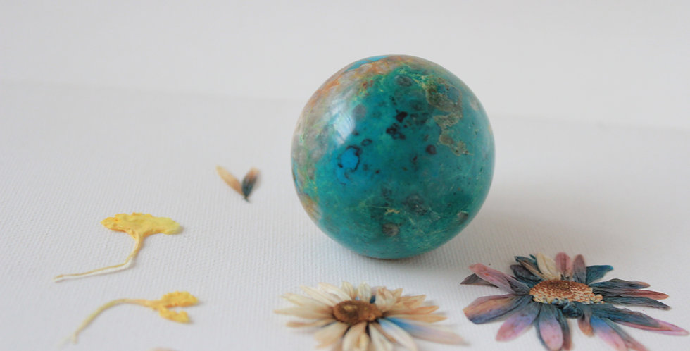 CHRYSOCOLLA SPHERE FREE STAND