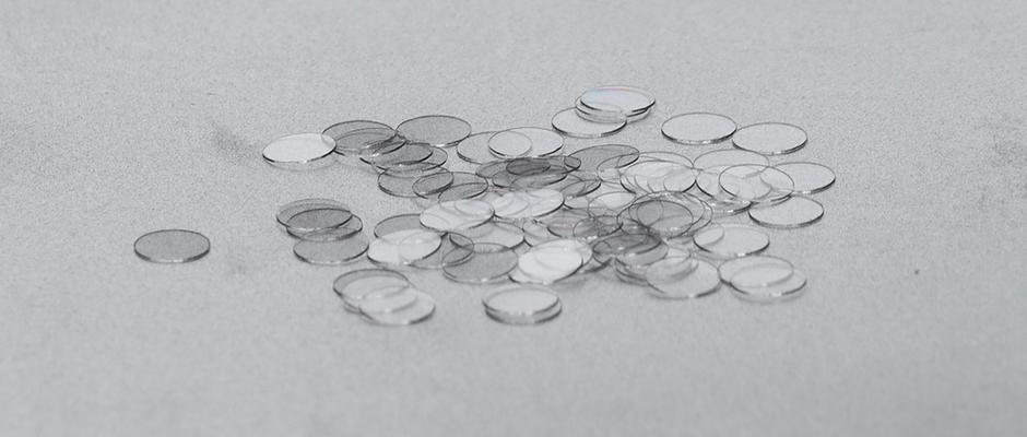Graphene-coated Coverslips