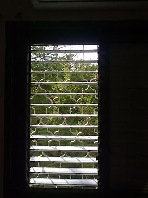ניקוי חלונות ותריסים בבית