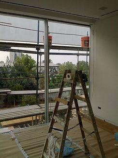 ניקוי חלונות בגובה -סולם - אחרי שיפוץ ולפני אכלוס