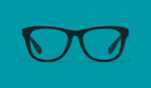 זכוכית במשקפיים