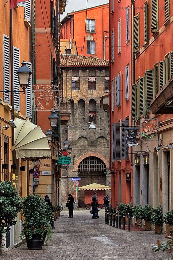 Bologna, via de' Fusari,Italy