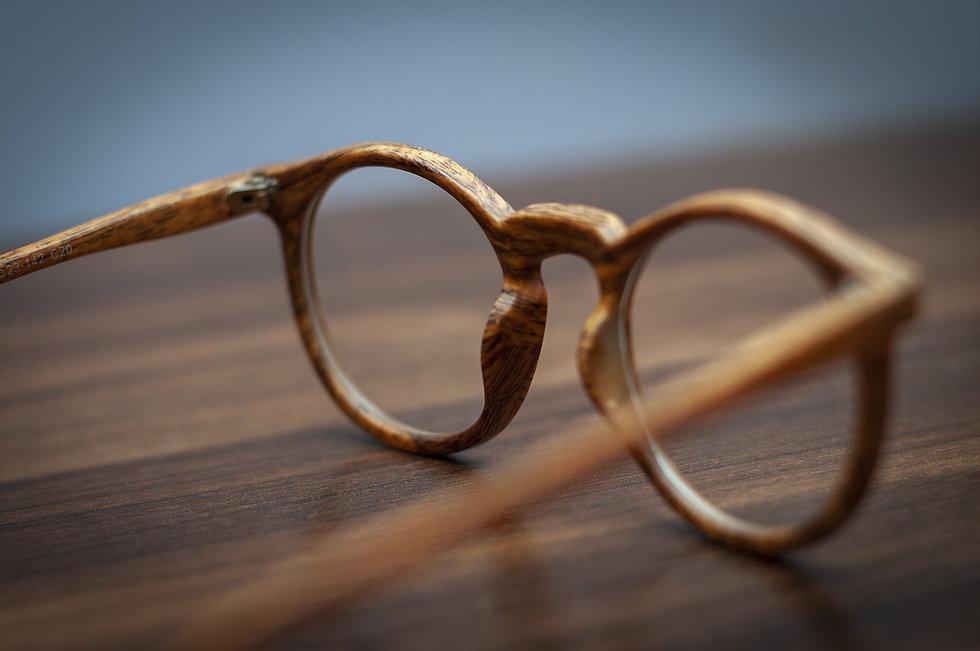 glasses-5486967_1920.jpg