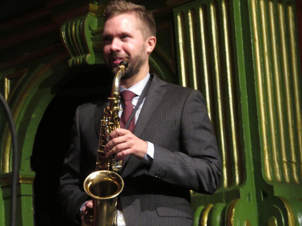 Klas Lindquist är en av Sveriges främste jazzmusiker. Det är alltid en happening att spela med honom.