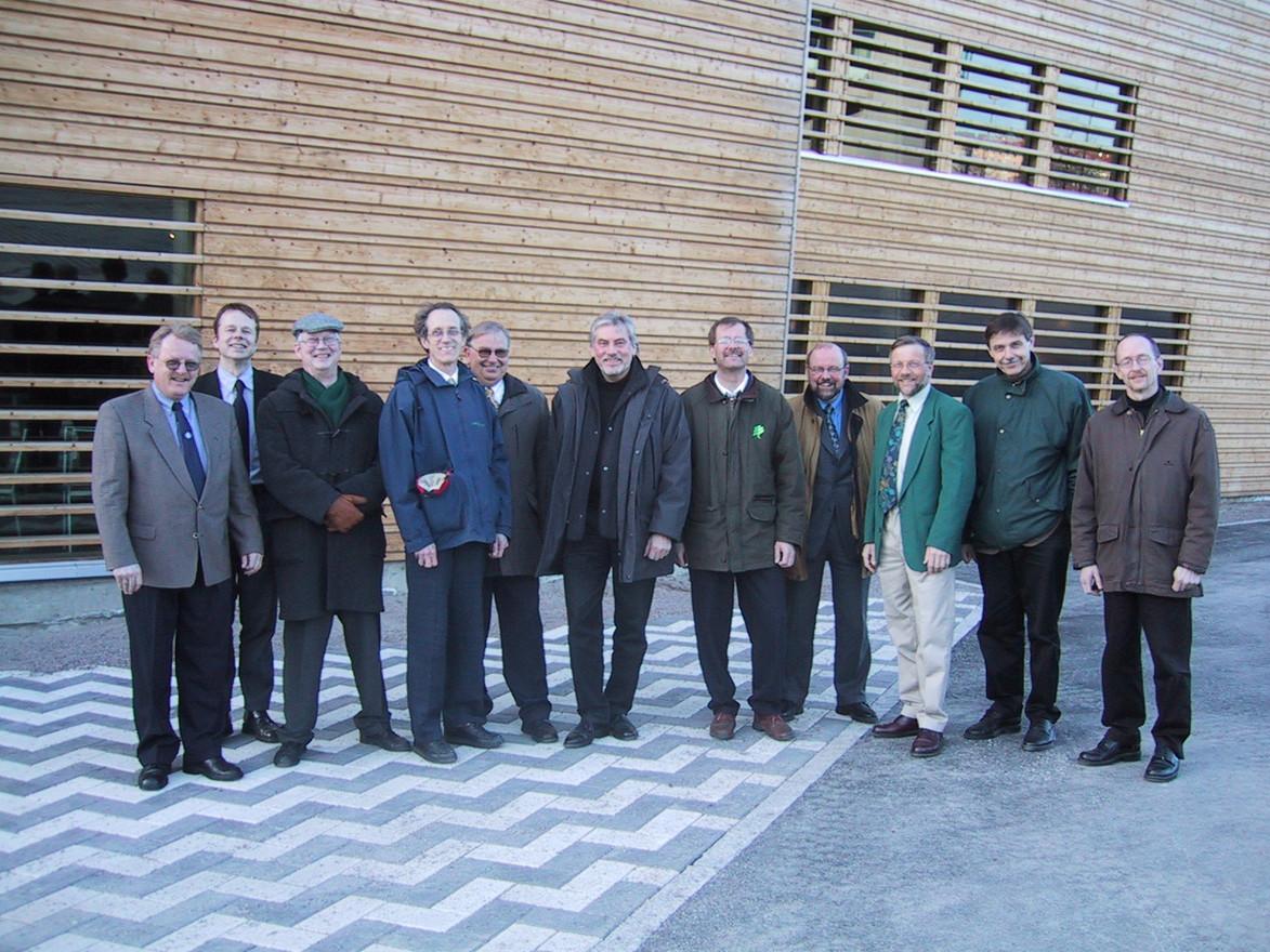 Från ett möte i finska Lahti med nordiska limträtillverkare. Samarbetet gällde en gemensam nordisk limträhandbok.