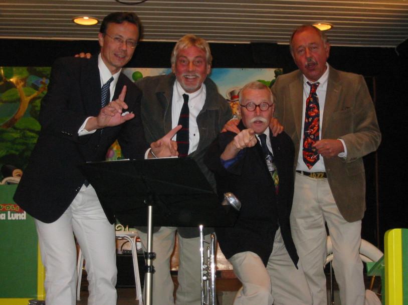 En tillfällig kvartett som spelade på Gröna Lund sommaren 2005. Claesse Brodda, Holger, Jan Gunnar Stolpe och Tommy Jacobson.