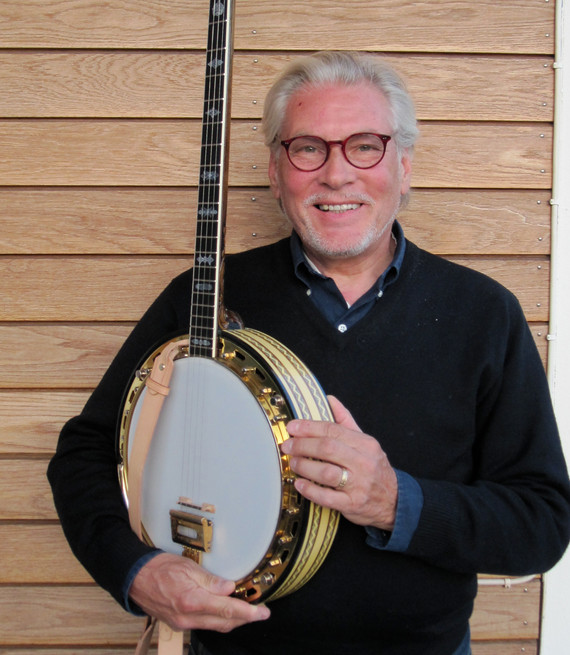 Holger Gross med sin Vega Vox III banjo.