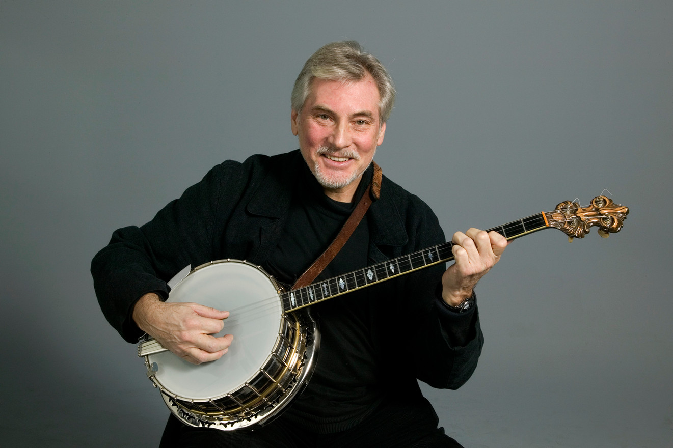 Holger med sin fina Trujo banjo. Foto: Ateljè Uggla 2009.
