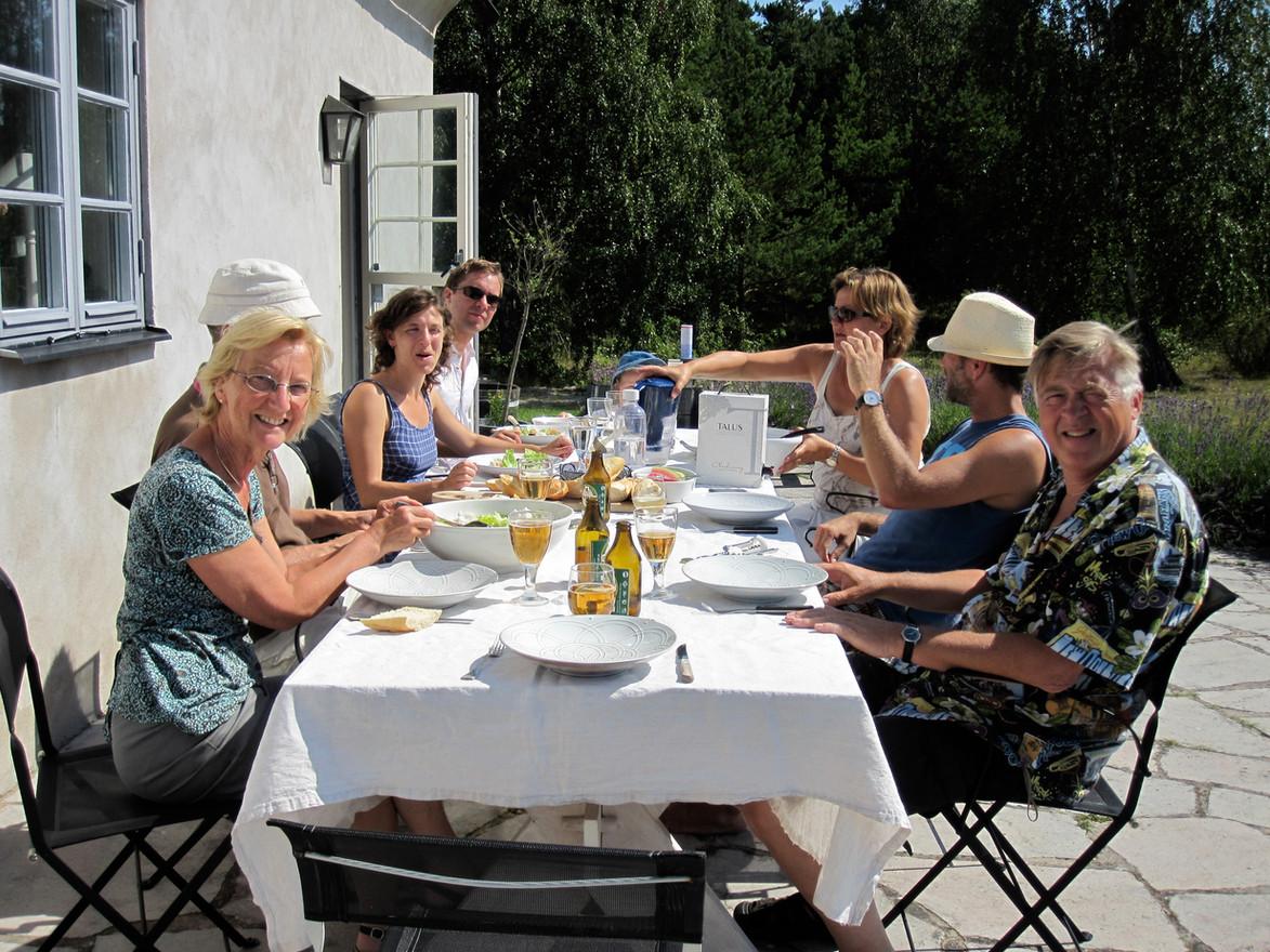 Lunch hos Holger på Nore med The Classic Jazz Quartet och närstående.2009.