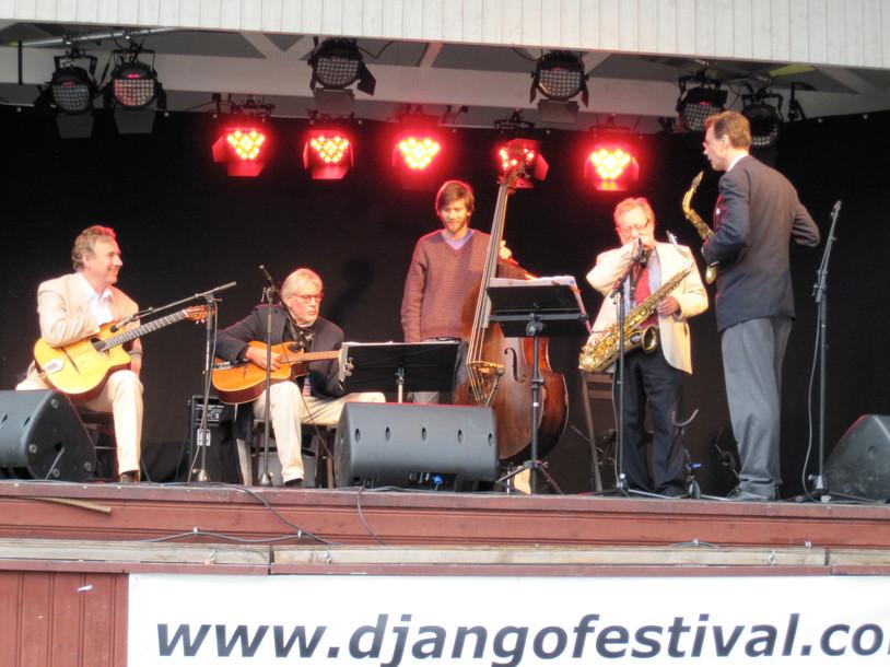 Crazy Rhythm, Micke, Holger, Hampus, Erik, Claesse. Eskilstuna 2009.