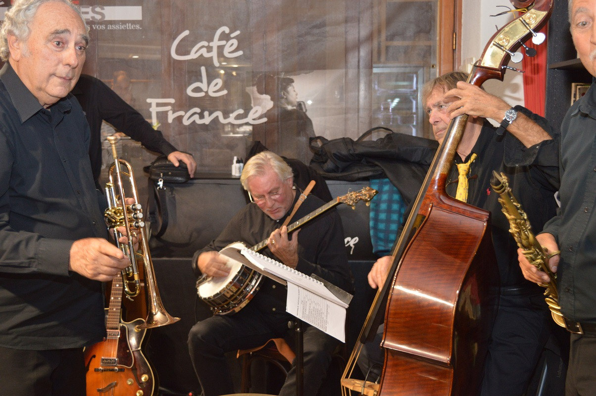 TRADITIONAL JAZZ BAND, FRANCE