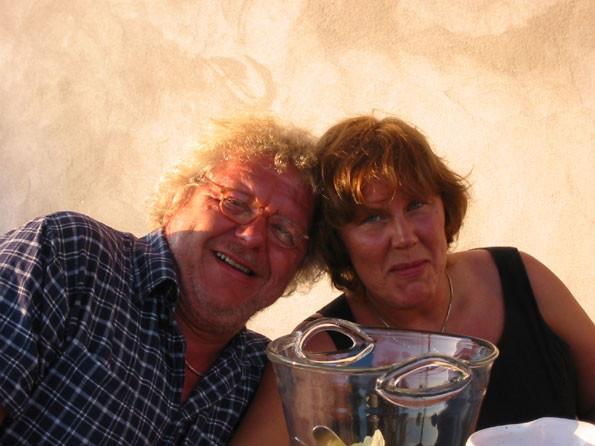 Jazzsångaren, vännen Claes Janson med fru Linnéa på besök i Nore. Tidigt 2000-tal.