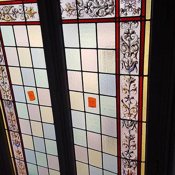 Restauration vitraux dans immeuble parisien