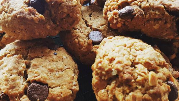 Chocolate Cookie Bombs