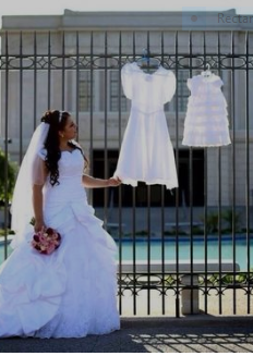 3 White Dresses Photograph at the Temple