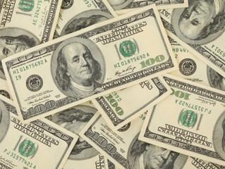 Dólar tem nova alta e fecha no maior nível em 20 dias