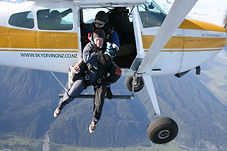 skydiving, new zealand