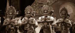 Dancers, Sanur festival
