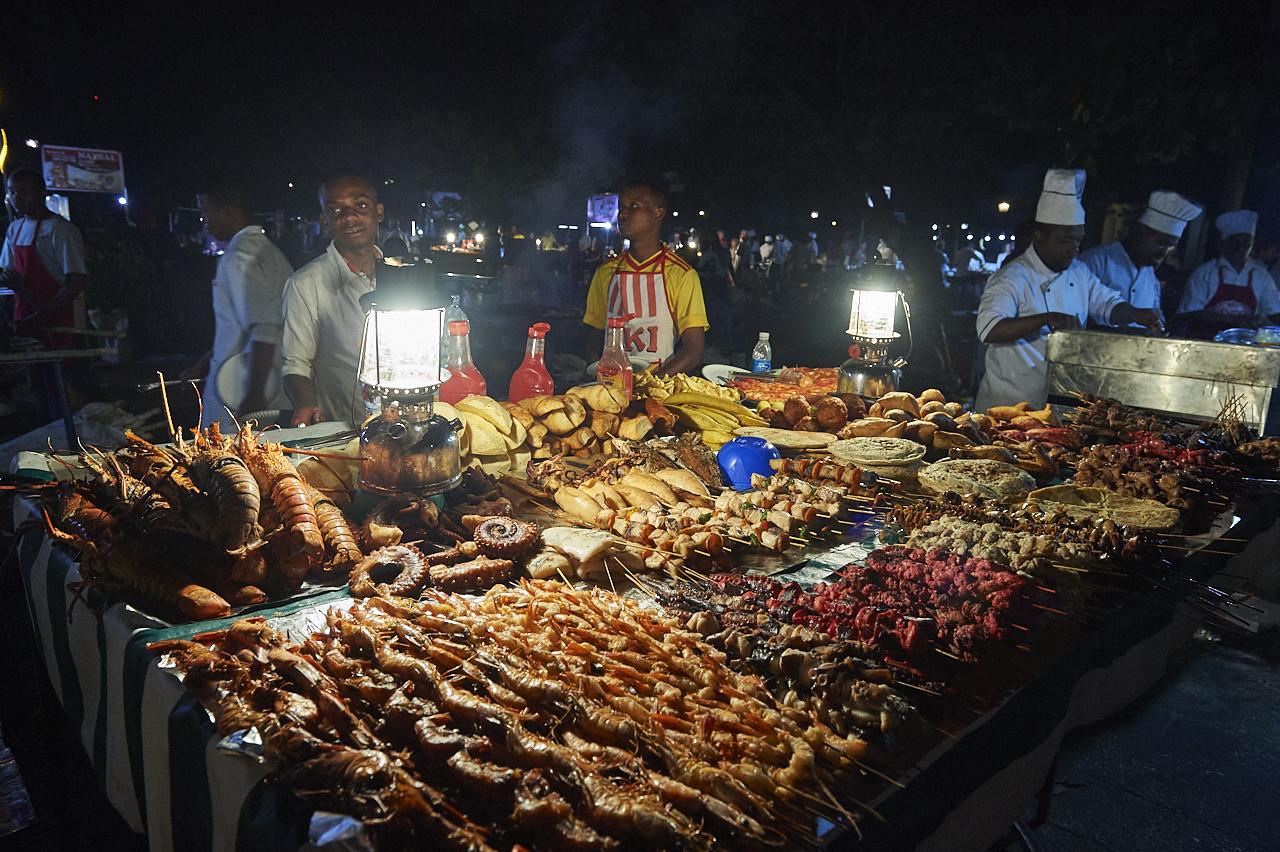 Night food market, Stonetown