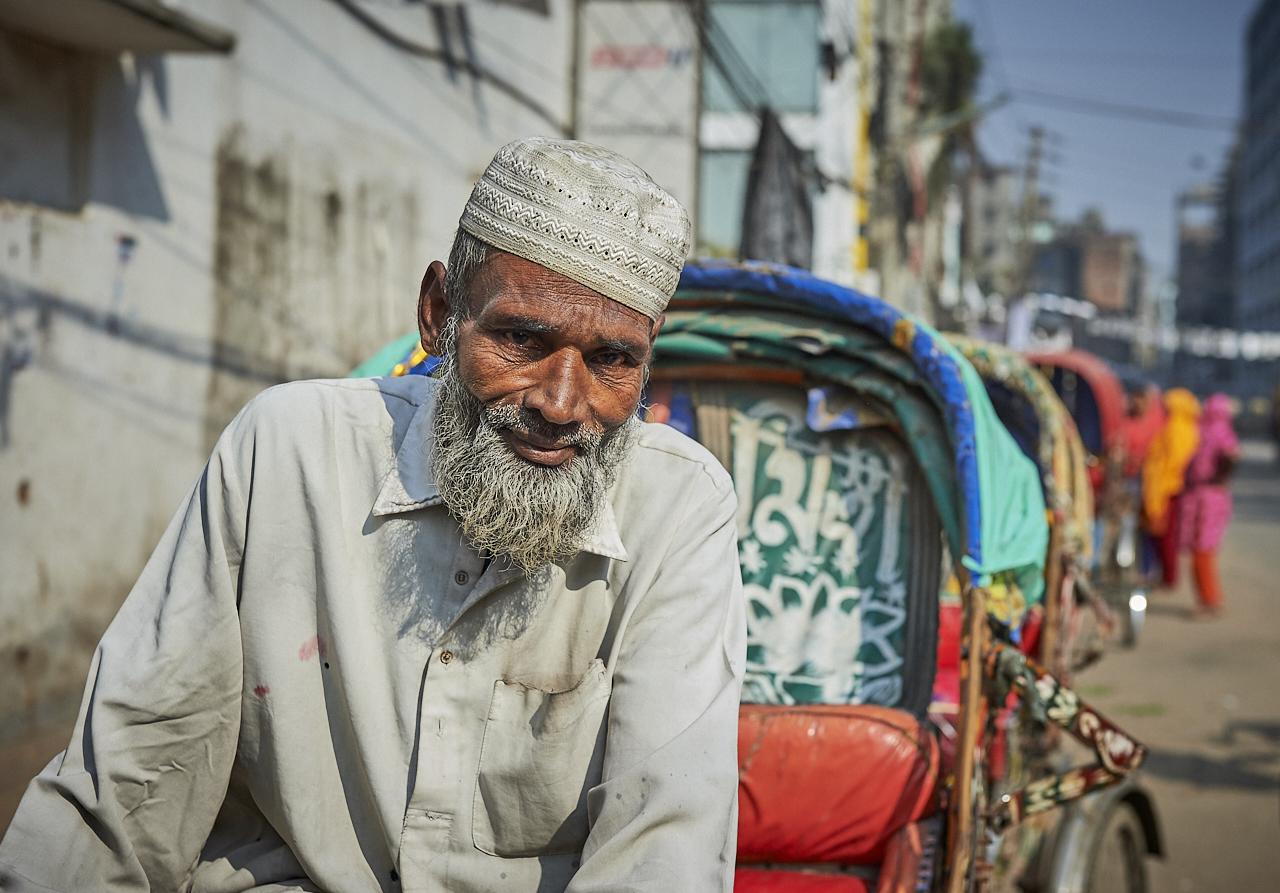 Ricksaw rider, Dhaka