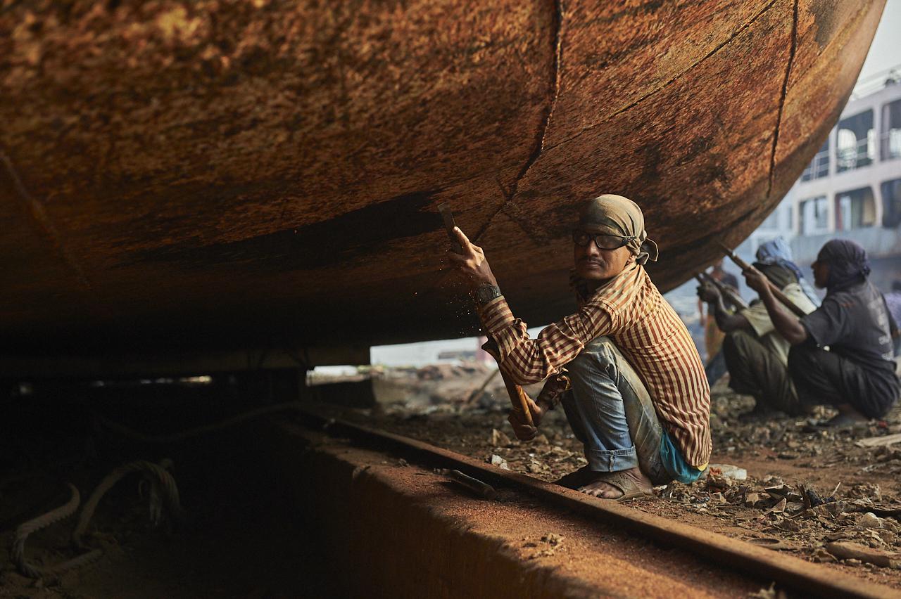 Shipyard worker, Dhaka