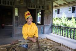 Lady from East Nusa Tenggara