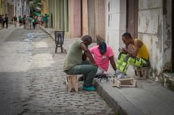 Playing chess, Havana