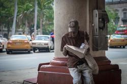 Cigar seller, Havana