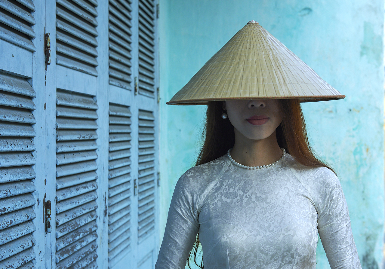 Young lady, Hoi An, Vietnam