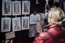 Artist while painting, Montmartre