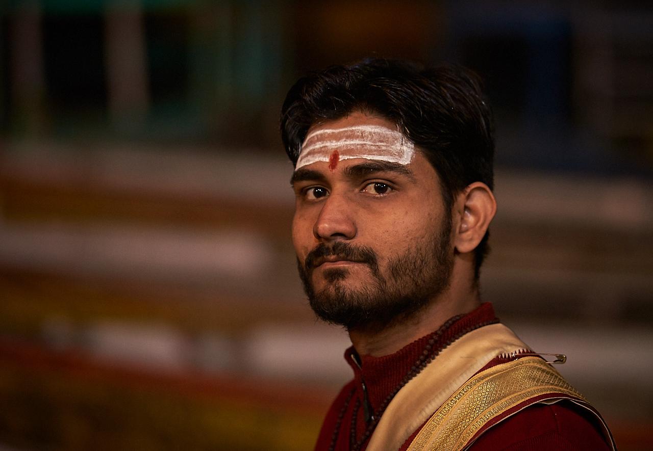 Hindu priest, Aarti, Varanasi