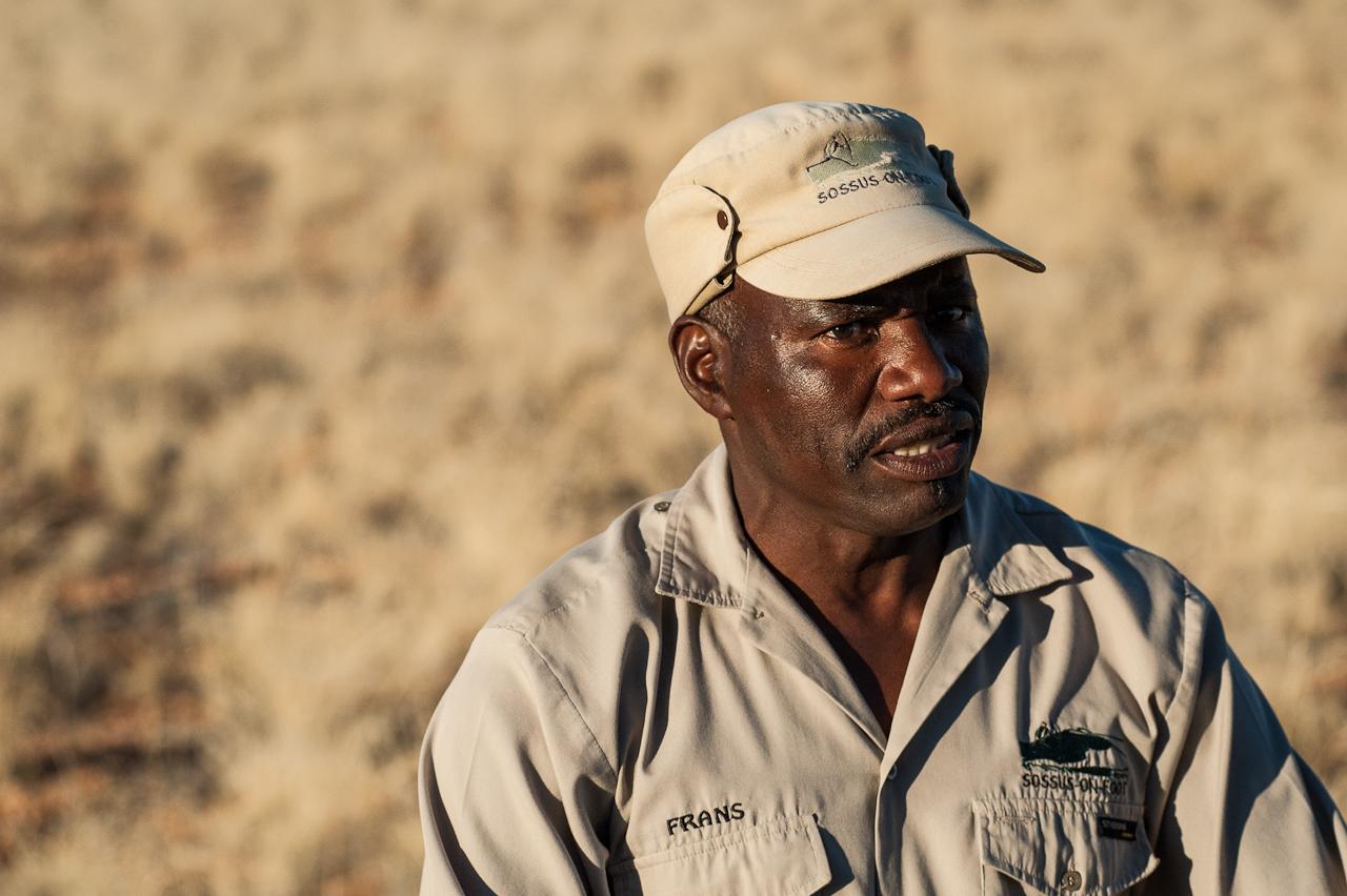 Frans, Bushman guide