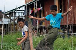 Young fishermen, Inle