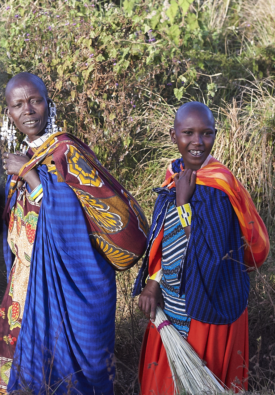 Masai mother and daughter