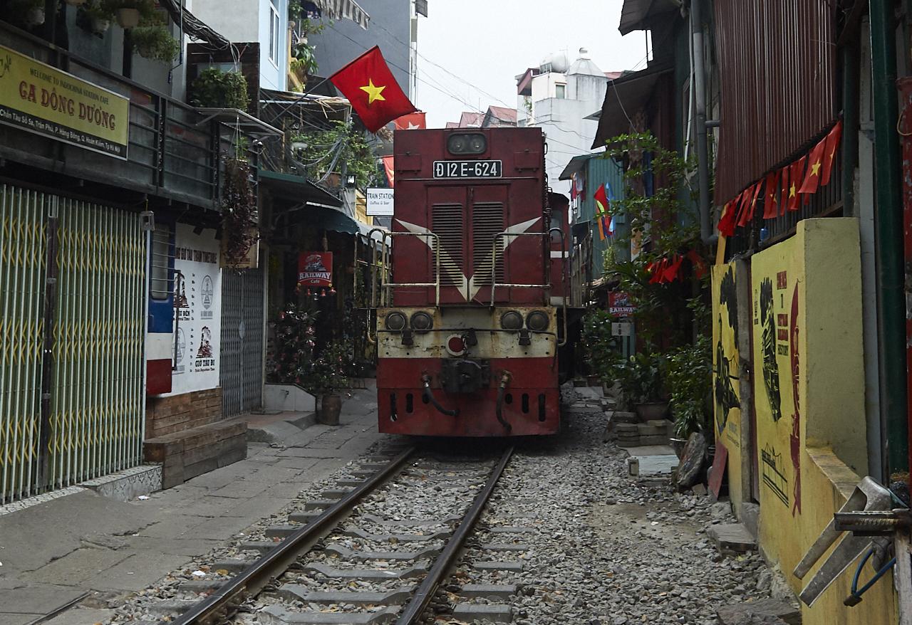 Train street, Hanoi