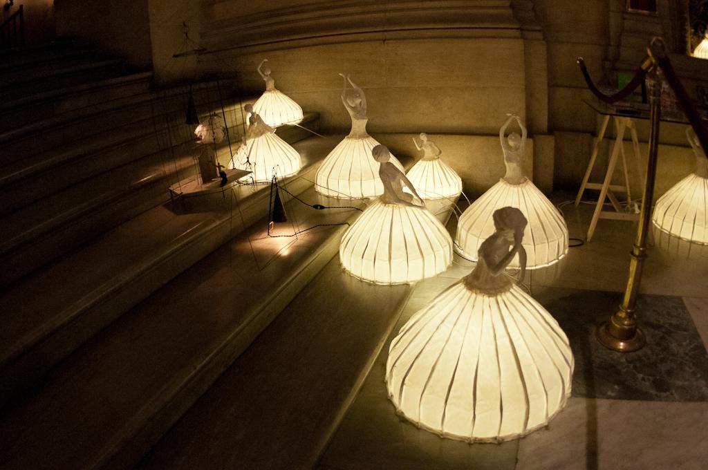 Ballet dancers lamps, Opera store