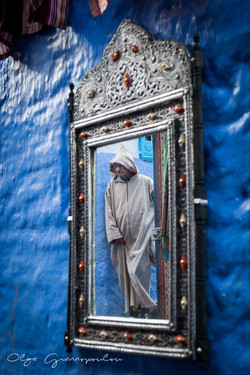 Man in djellaba, Chefchaouen