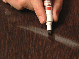 One easy way to get rid of sanding scratches in wood flooring with Felt Touch-Up Pens!