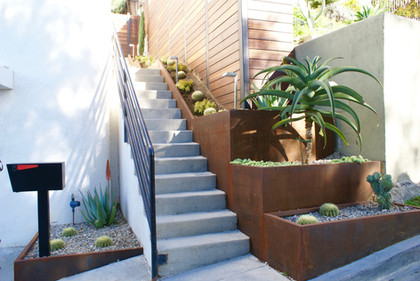 Entry Stair to Back Yard