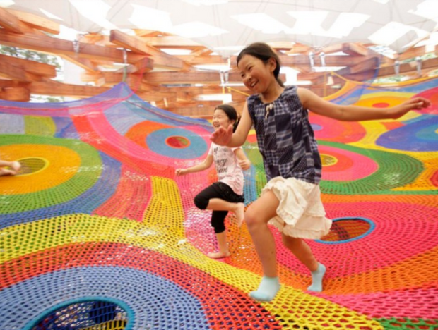 【讓內心的孩子奔跑-從博物館玩進公園的織品建築】 - 堀內紀子