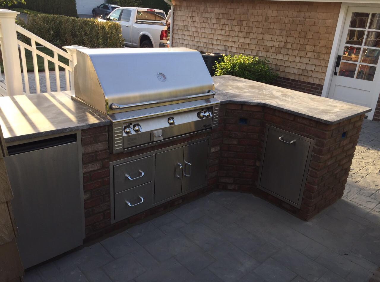 Brick Veneer Outdoor Kitchen