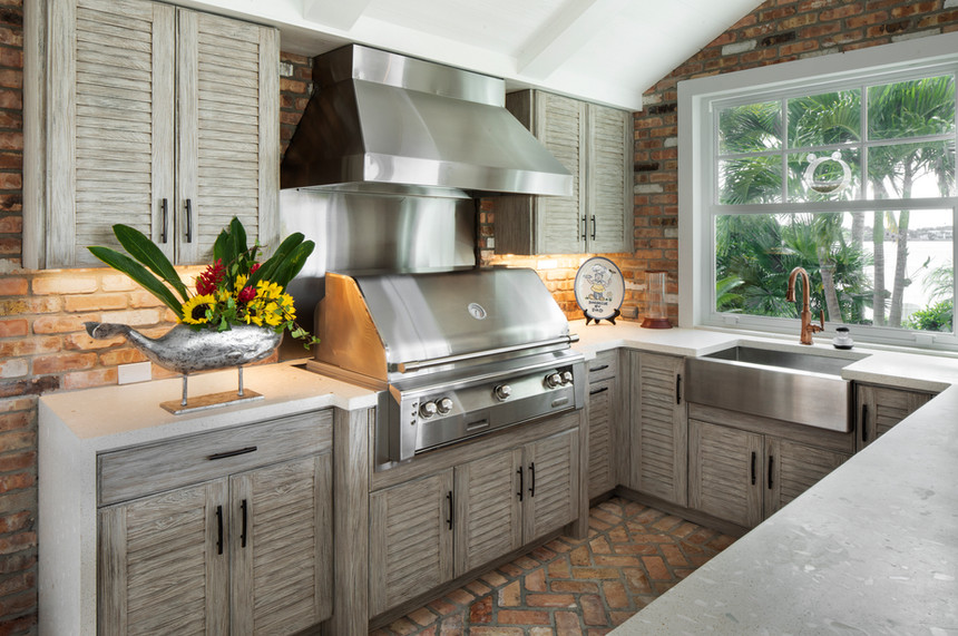 Transitional Kitchen for Outdoor Living